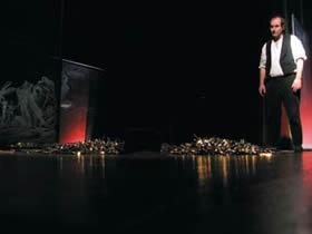 The great Disaster  Le fantôme errant de l'exclusion. - Critique sortie Théâtre