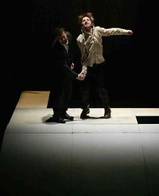 Holeulone - Critique sortie Danse
