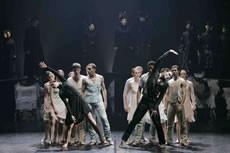 Deux versions des <i>Noces de Stravinski</i> - Critique sortie Danse