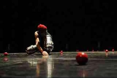 Coulisses - Critique sortie Avignon / 2010