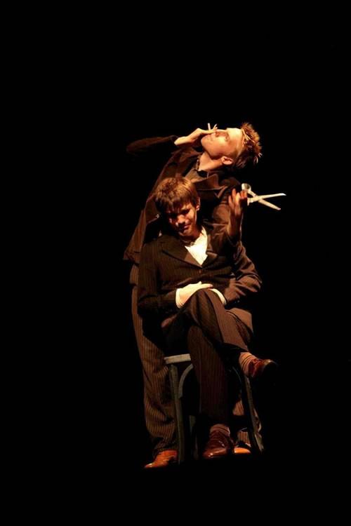 Grusvägen 7 - Critique sortie Avignon / 2010