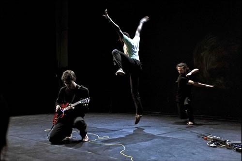 Espaço contratempo - Critique sortie Avignon / 2010