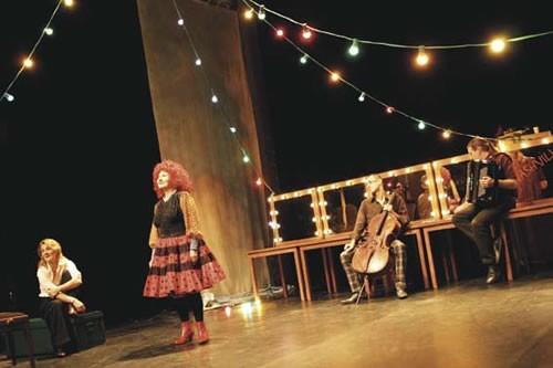 La madone des dancings - Critique sortie Avignon / 2010