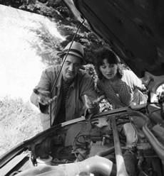 Tous les Algériens sont des mécaniciens - Critique sortie Théâtre