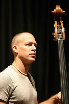Avishai Cohen Trio - Critique sortie Jazz / Musiques