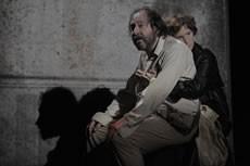 Vivant - Critique sortie Théâtre