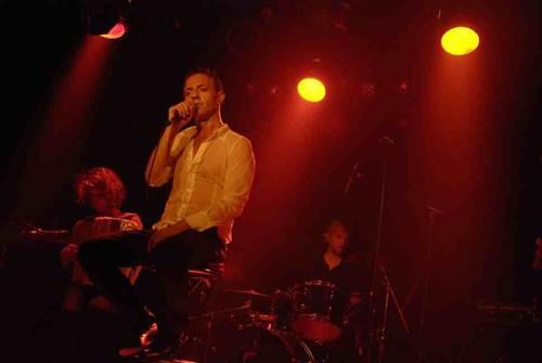 Tres, Miguel-Ange en concert - Critique sortie Avignon / 2009
