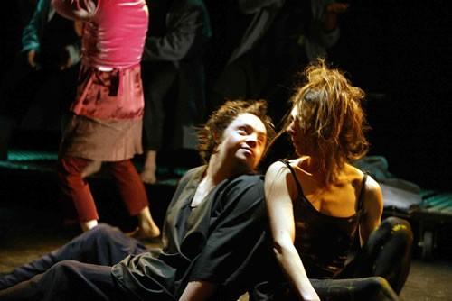 Duos différents - Critique sortie Avignon / 2009
