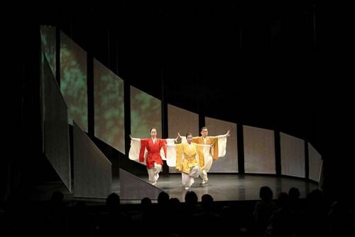 Danses japonaises – Hommage à la terre - Critique sortie Avignon / 2009