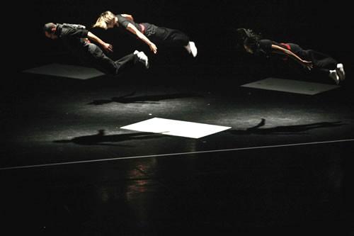 Trio et J'arrive ! - Critique sortie Avignon / 2009