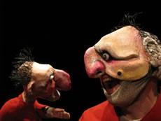 Sous le masque tu es mortel pauvre orphelin - Critique sortie Théâtre