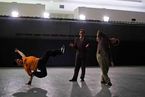 Hip Hop Aura - Critique sortie Avignon / 2011