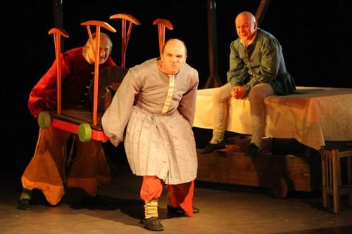 Bruno Lecossois, directeur musical des Grandes Gueules - Critique sortie Avignon / 2010