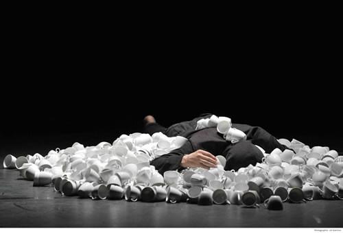 Kawa, solo à deux - Critique sortie Avignon / 2011