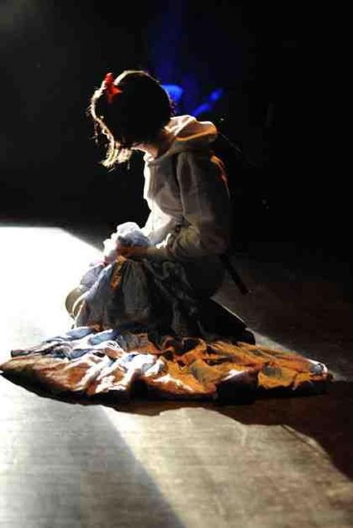 Au pays des - Critique sortie Avignon / 2011