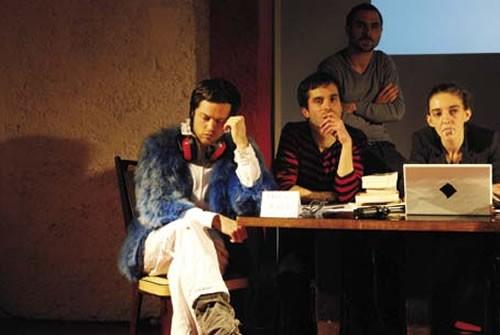 L'Auto-T.O.C. - Critique sortie Avignon / 2011