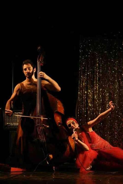 Monstres, Songes et Songs - Critique sortie Avignon / 2011