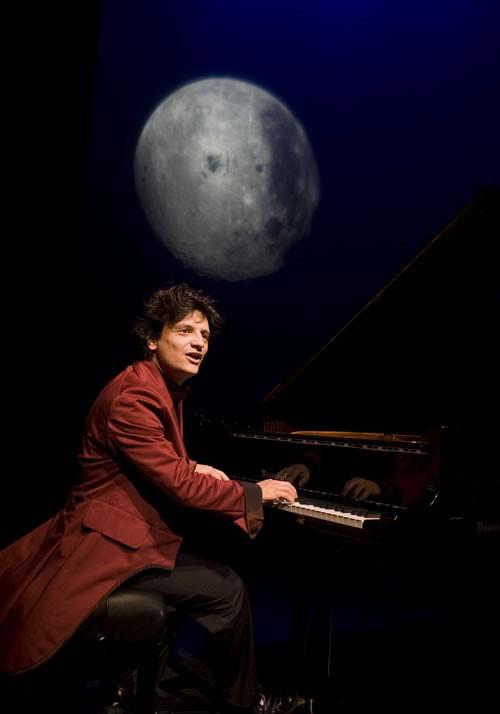 Né dans un piano - Critique sortie Avignon / 2011