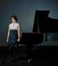 Crédit : Felix Broede / DG Légende : Yuja Wang, virtuose aux programmes aventureux, est en récital à la Salle Pleyel le 1er décembre.