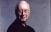 William Christie dirige les Arts florissants dans Didon et Enée de Purcell.