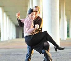 To intimate - Critique sortie Danse