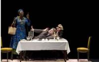 Crédit photo : Brigitte Enguerand Légende : « Bakary Sangaré, Serge Bagdassarian et Claude Mathieu dans Erzuli Dahomey, déesse de l'amour. »