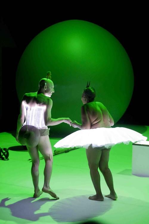 Faire œuvre artistique à partir de l'existence humaine - Critique sortie Avignon / 2012