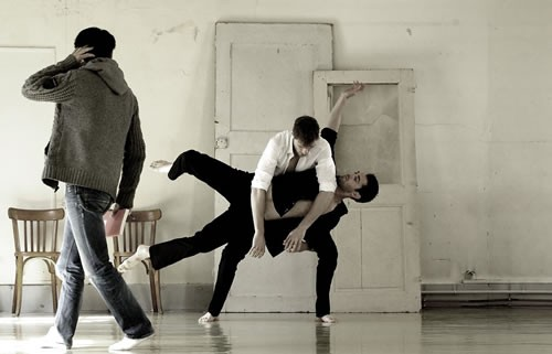 On i danse - Critique sortie Avignon / 2012