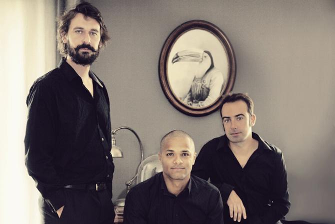 EZ3KIEL : Le son et l'image - Critique sortie Jazz / Musiques Paris Le Centquatre
