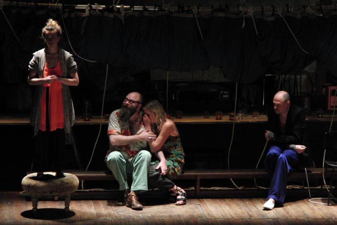 Les Estivants de Maxime Gorki par TG STAN - Critique sortie Théâtre Paris Théâtre de la Bastille