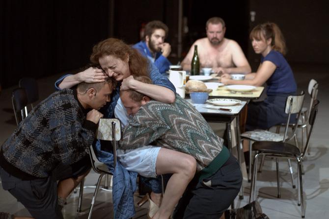 Mamma Medea - Critique sortie Théâtre Béthune La Comédie de Béthune