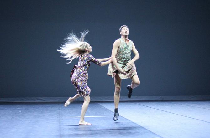 Racheter la mort des gestes - Critique sortie Danse Paris Théâtre de la Ville