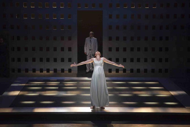Antigone, Adel Hakim dirige les acteurs du Théâtre National Palestinien - Critique sortie Théâtre Ivry-sur-Seine Théâtre d'Ivry Antoine Vitez
