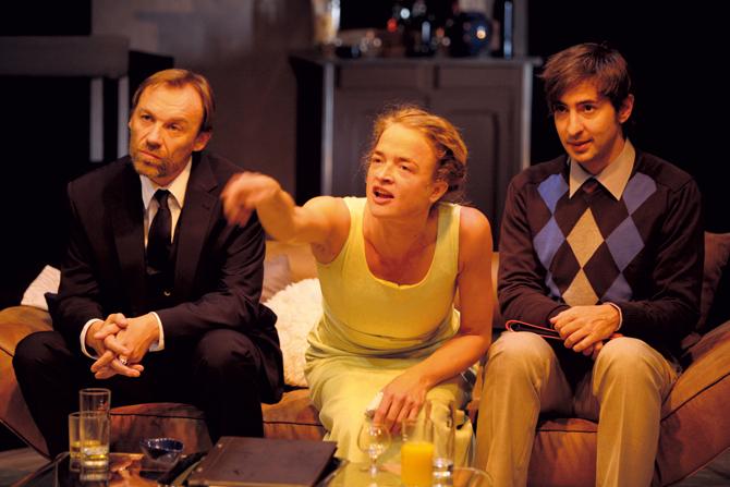 Philippe Baronnet signe sa deuxième met en scène Bobby Fischer vit à Pasadena de Lars Norén - Critique sortie Théâtre Sartrouville Théâtre de Sartrouville et des Yvelines