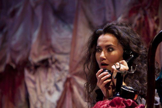LA VOIX HUMAINE - Critique sortie Classique / Opéra Paris Athénée-Théâtre Louis-Jouvet