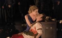 © Philippe Delval   Légende photo : C'est à l'Opéra-Comique que l'on peut voir en version scénique Vénus et Adonis, présenté précédemment au Théâtre de Caen.