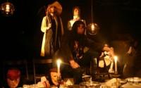 Crédit photo : Théâtre Dakh Légende photo : Le Théâtre Dakh propose une version musicale et visuelle du prologue du Roi Lear.