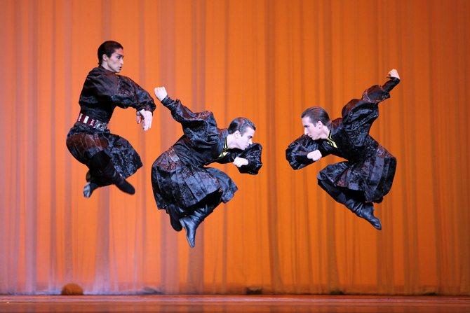 Ballet Moïsseïev - Critique sortie Danse Paris Palais des Congrès