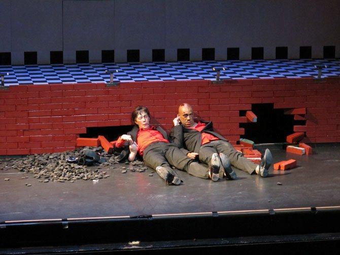 Lost (Replay) - Critique sortie Théâtre Paris Théâtre de la Bastille