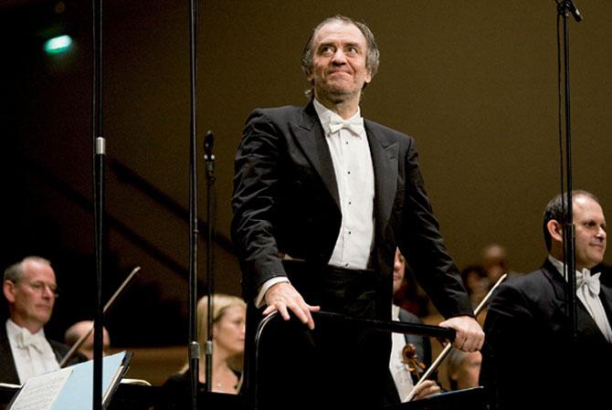 VALERY GERGIEV DIRIGE CHOSTAKOVITCH - Critique sortie Classique / Opéra Paris Salle Pleyel
