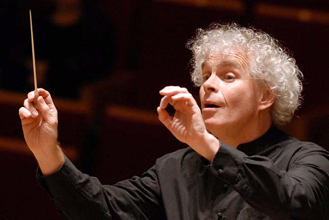 SIMON RATTLE - Critique sortie Classique / Opéra Paris Salle Pleyel