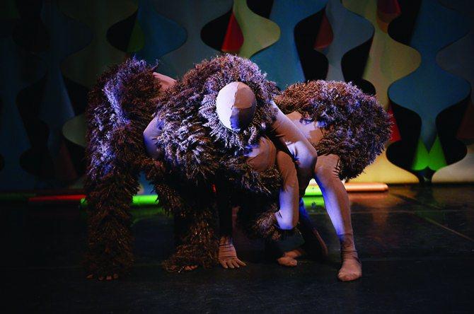 Précis de camouflage - Critique sortie Danse Noisy-le-Sec Théâtre des Bergeries