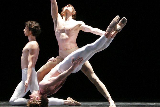 Troisième symphonie de Gustav Mahler - Critique sortie Danse Paris Opéra Bastille