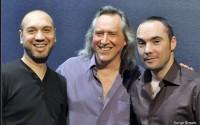 L'ex-guitariste de Sixun Louis Winsberg ouvre en trio ce nouveau festival dédié à la guitare. © Serge Braem