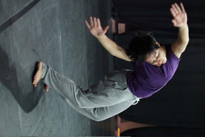 Une Biennale européenne - Critique sortie Danse Vitry-sur-Seine La Briqueterie