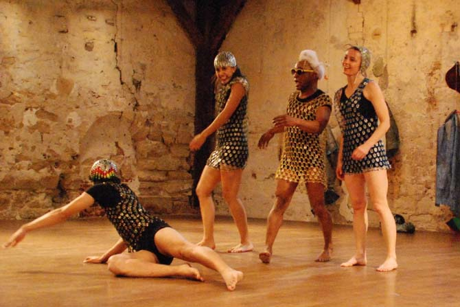 Balivernes / Desastrados - Critique sortie Avignon / 2013 Avignon THEATRE LAURETTE Avignon
