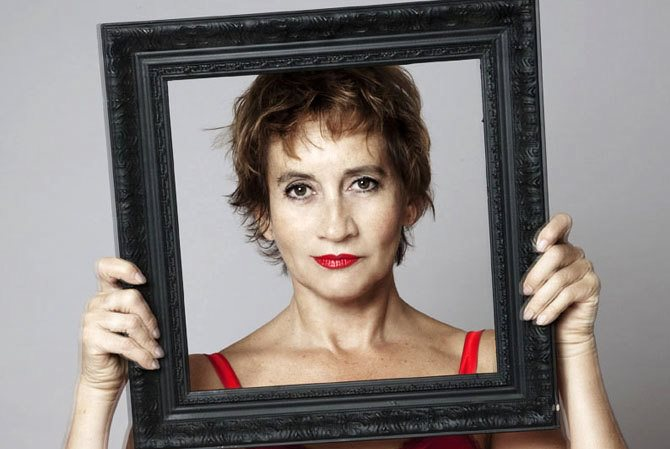 Caroline Loeb - Critique sortie Avignon / 2013 Avignon THEATRE LES 3 SOLEILS
