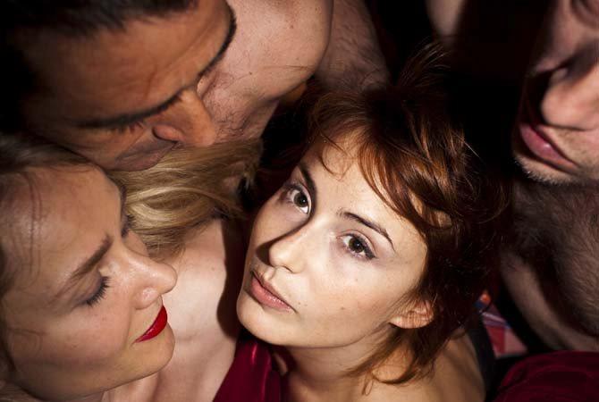Closer (entre adultes consentants) - Critique sortie Avignon / 2013 Avignon Théâtre des Halles