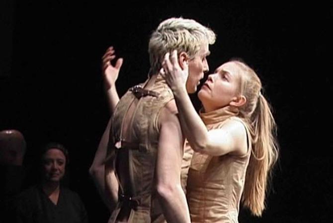 La Dispute - Critique sortie Avignon / 2013 Avignon Théâtre des Lucioles