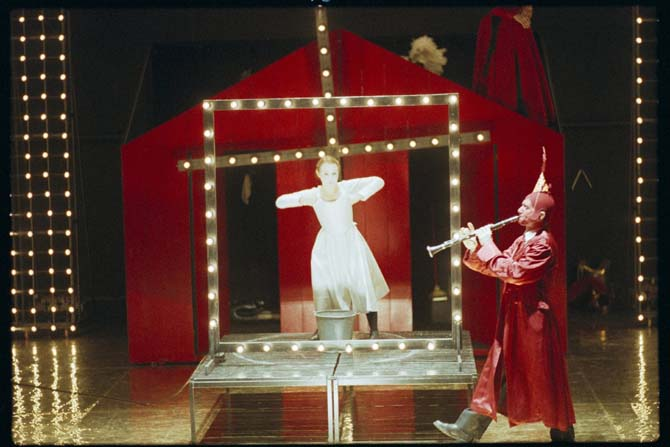 La jeune fille, le diable et le moulin - Critique sortie Avignon / 2013 Avignon Collège de la Salle